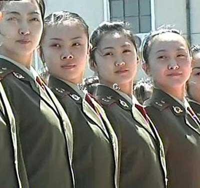 女兵 - 红色卫士 - 红色卫士的魅力军魂