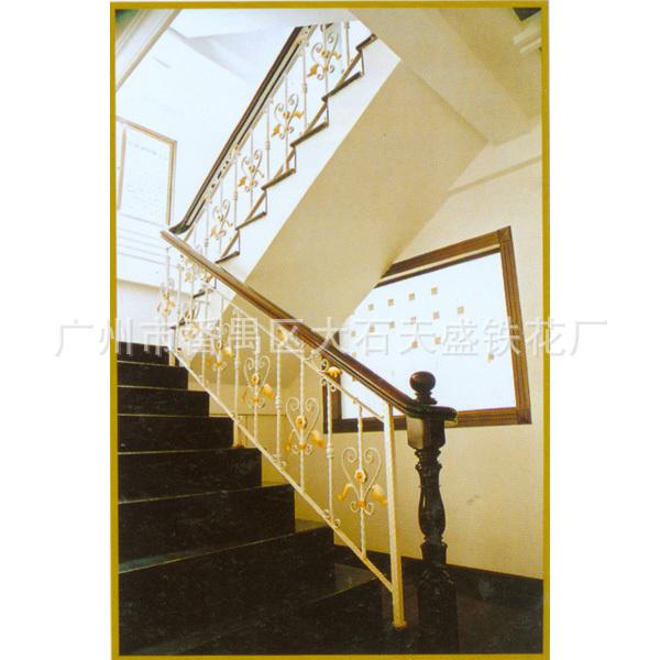 广州工厂直销铁艺扶手,铁艺大门,铁艺围栏,铁艺家私,旋转楼梯