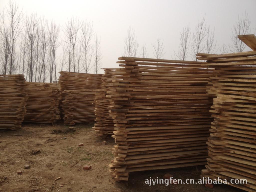 杨木/安吉最大的办公沙发家具小工艺品木材规格料方料供应商杨木板材