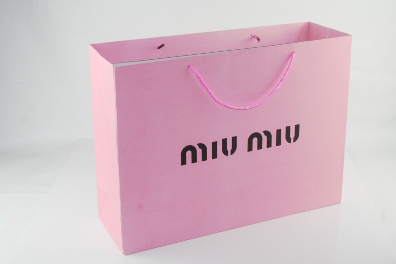 Wholesale gift bag gift bag paper shopping bags MIUMIU brand gif