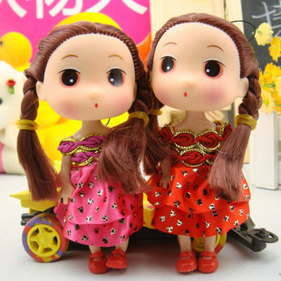The 12CM Watkins bar confused doll wholesale the double braids Taitouwawa Korean mobile phone pendant factory direct.