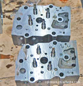 载重汽车康明斯缸盖 载重汽车用的K19发动机康明斯缸盖3021692
