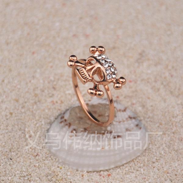 欧美 伟纳/RB02083饰品厂批发欧美饰品摇滚朋克风镶钻骷髅头戒指