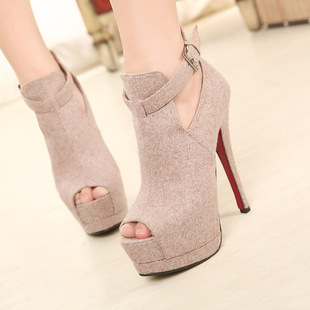 The new Fish mouth high-heeled shoes in Europe and the nightclub hollow out nude shoe heel 14 cm high