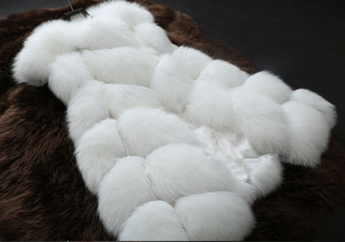 2014 new winter influx of European and American imports of imitation leather fox fur vest ladies shawl entire fur coat S