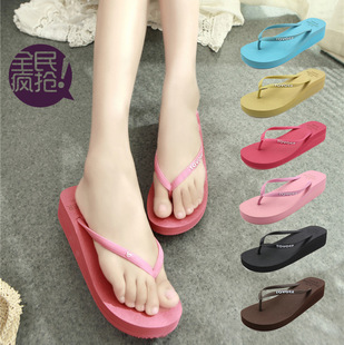 [Wholesale] spot in an upgraded version of a solid color flip flops sandals with sandals slope with thick crust candy co