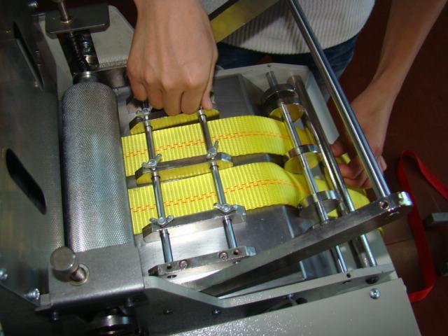 气动切带机 厚料热切机 斜角切织带机 自动计数切带机 风电