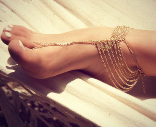 European and American trade jewelry hot foot hot new summer wild fashion street shoot multi-chain models mitten anklets