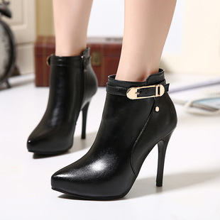 Sexy pointed metal belt buckle of new fund of autumn winters is thin with short boots black high-heel