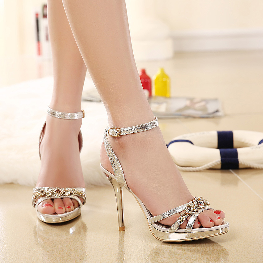 2015 summer in Europe and the sexy diamond fine with waterproof peep-toe one word buckle fish mouth sandals's main photo