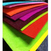 供应优质 彩色毛毡布料 化纤桌面背景 颜色齐全1-5mm化纤毛毡