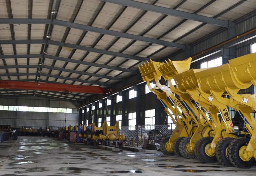 专业生产高品质20F井下装载机、矿用型铲车、矿井防爆型装