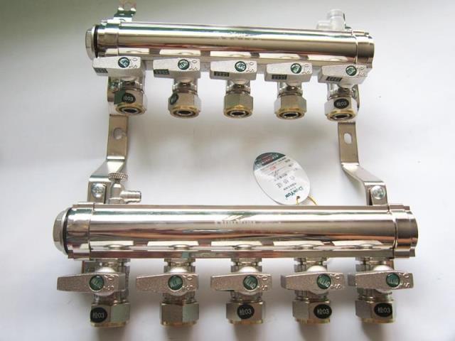 盾运 精品家装大体1寸纯铜电镀地暖地热管分水器图片