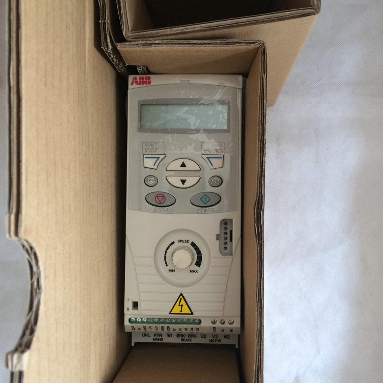 ABB变频器紧凑型ACS55-01E-01A4-2   0.18KW,可开增票