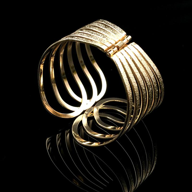 8433 个性胸腔夸张配饰 欧美时尚流行手镯 金属质感开口大牌臂环