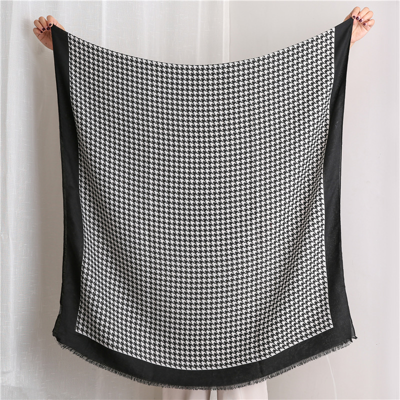 Simple checked cotton and linen scarf female Korean version of the wild black and white houndstooth long shawl NHGD197369